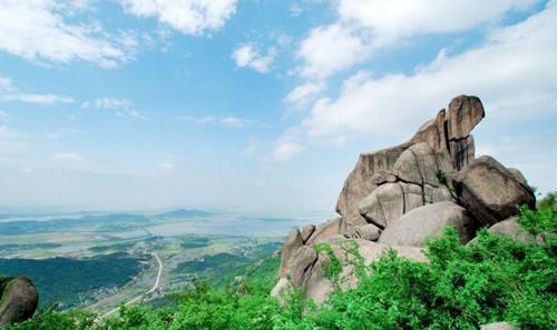 推荐六 听黄梅戏登巨石山风景区