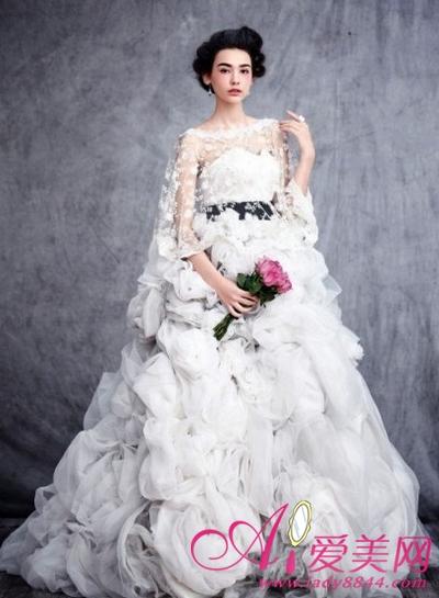 超甜美玫瑰新娘 齐看复古婚纱大片