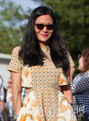 时尚街拍前瞻 潮人最爱中分露额发型
