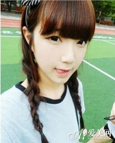 适合脸型:圆脸,鹅蛋脸,瓜子脸,长脸 内扣的后齐刘海搭配着可爱的发箍
