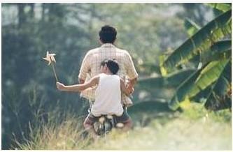 家长课堂:父亲在家庭中对孩子的七大影响