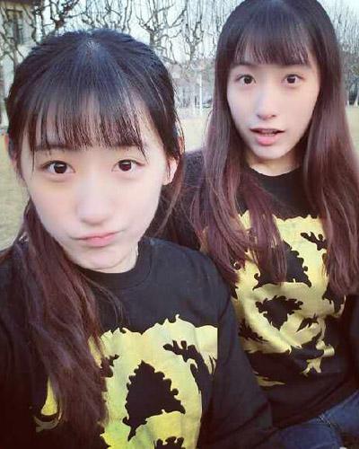 复旦双胞胎姐妹清纯甜美百变发型逐个看