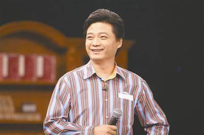崔永元:从央视辞职为教学没教师证只好跑场
