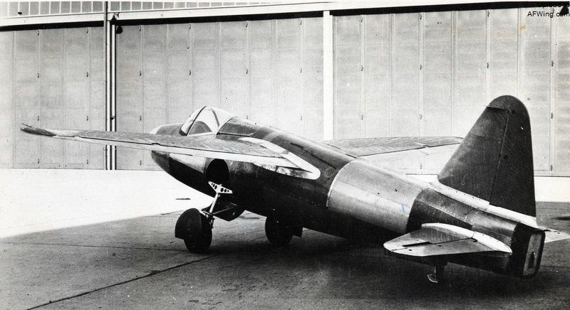 世界首架喷气式飞机,亨克尔he 178,由冯·奥海因设计的he s3b涡