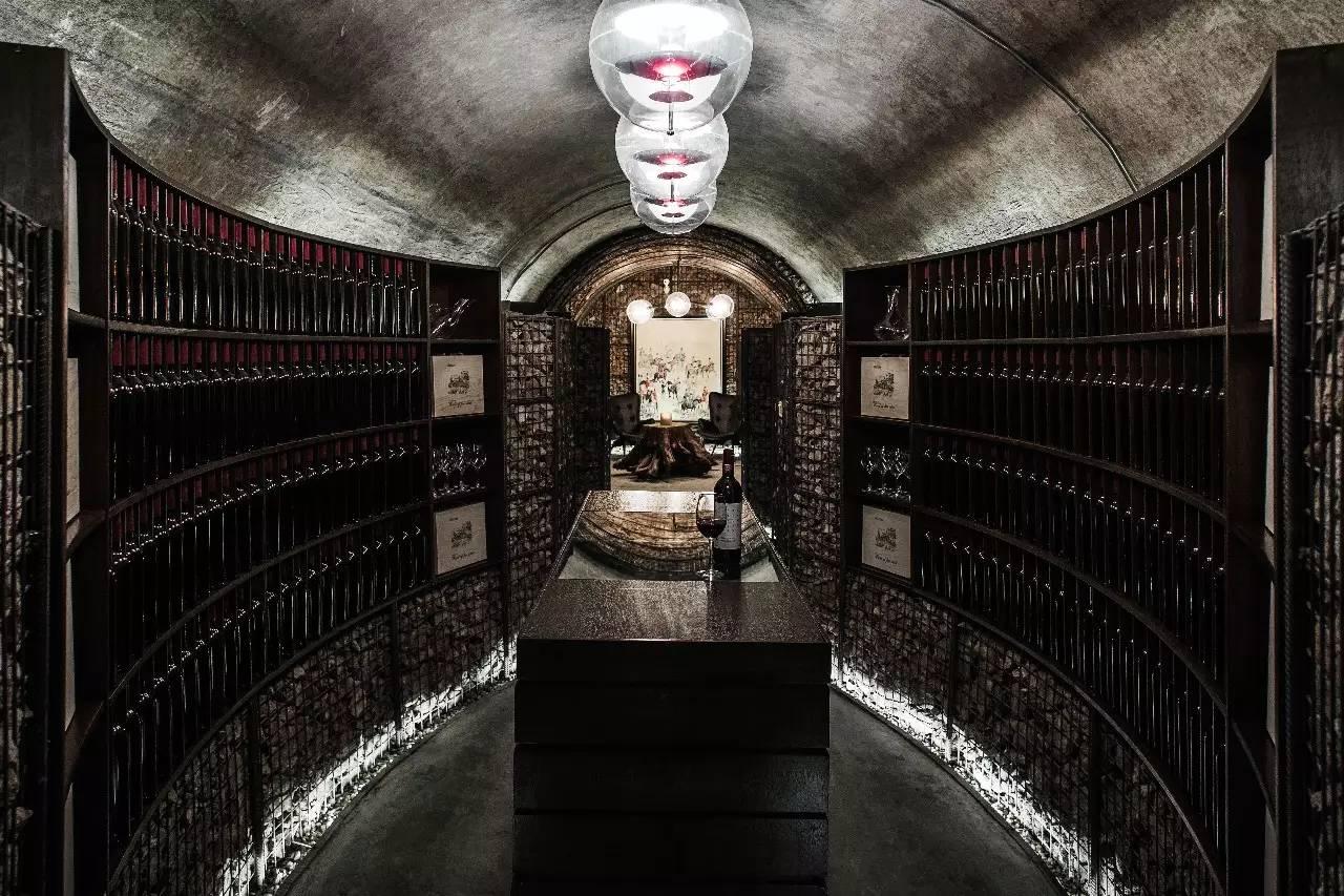 2015全世界最好的室内设计竟是中国雨耕山的一座酒窖