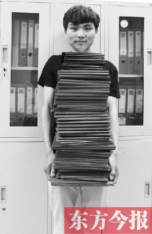 男生4年狂揽65个证书毕业仍找不到工作(图)