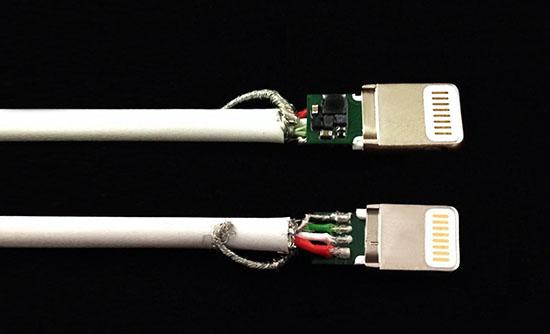 OPSO MFi Lightning苹果数据线拆解 进一步剥离金属屏蔽罩,露出MFi芯片、PCBA板、电流与信号线,一样都不少。通过拆解可见MFi标准下这款OPSO数据线在关键的连接头部分,无论是结构还是工艺,与原装品没有任何差别。 USB公头这里就比较简单,破除塑料壳,露出了内部结构,纯铜制作,用料扎实。 4根弹片做了镀金处理。 线材部分 接下来是对线材部分的分析。OPSO这款数据线外披采用了环保级的TPE材质,无味、阻燃,对人体和环境无害,具有极佳耐候性和低温性,所以成本也要远高于PVC材质。