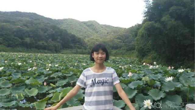 广东东莞14岁女生考上复旦其父15岁上武大
