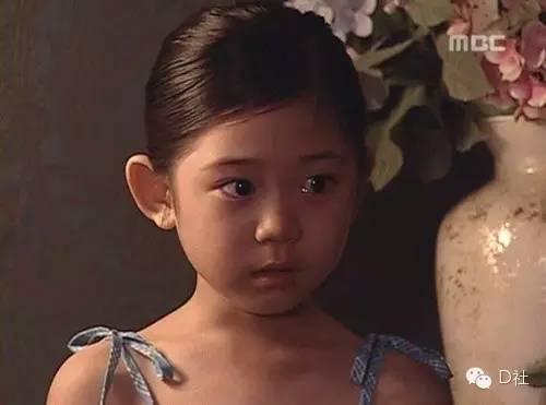 星闻 正文  美珠孩儿 98年出生的徐智熙今年已经17岁啦~韩国的小演员