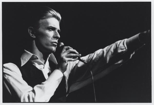 [明星爆料]传奇音乐人大卫-鲍伊去世 与癌症抗争18个月
