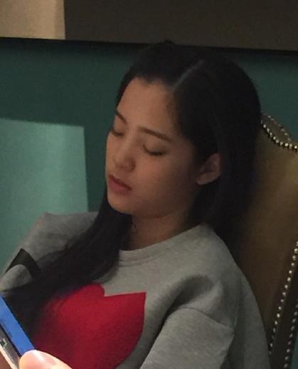 [明星爆料]王晶大赞欧阳娜娜:她有可能成为爱情片女王