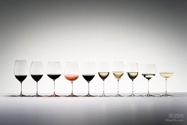"""""""葡萄酒杯会在葡萄酒品鉴"""