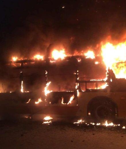 凤凰知道2014年7月16日:应当为公交安装军用灭火抑爆系统