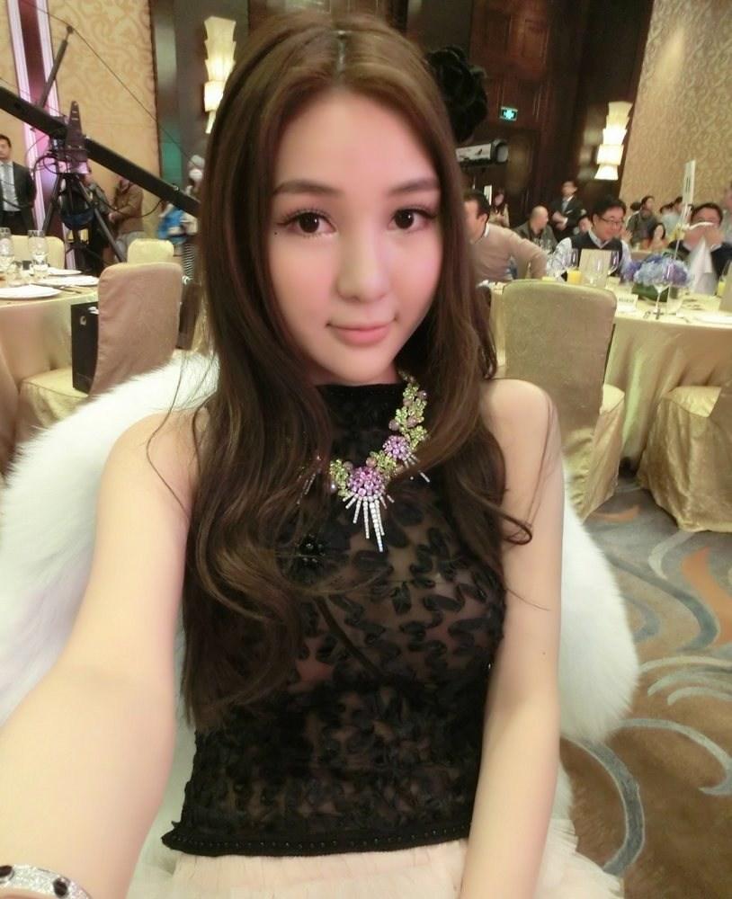 郭美美涉赌博性盘点被拘奢华生活照交易-4G姐姐视频性感小鹿图片
