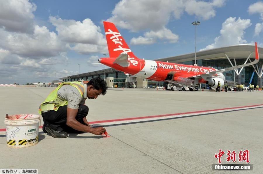 一架印尼飞机在飞往新加坡途中失事 162人遇难