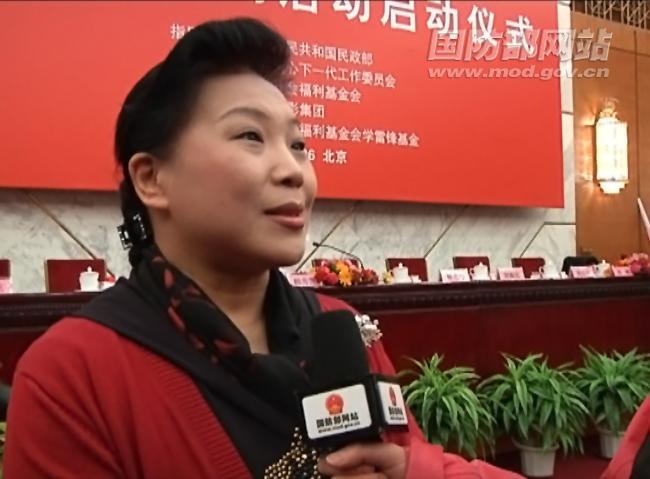 记者采访李素丽