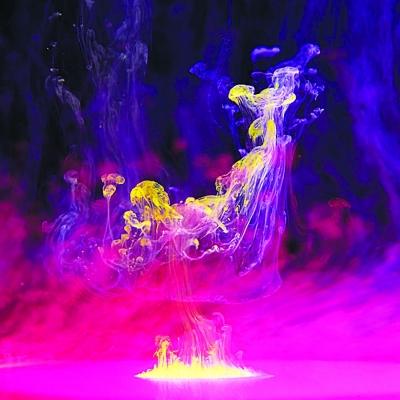 动漫水彩紫色的花素材