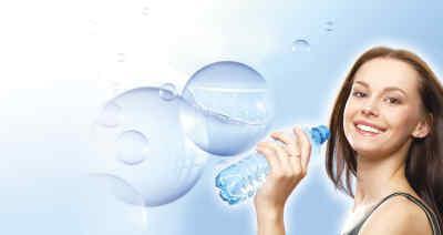怎样喝水才最健康 餐前喝水减肥图片