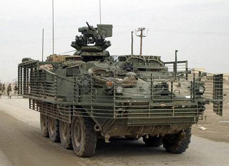 """资料图:""""斯特瑞克""""装甲车"""