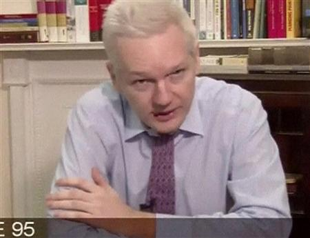 """阿桑奇发表视频演说斥责奥巴马src=""""http://y1.ifengimg.com/news_spider/dci_2012/09/9ce081c1d4fae0f23409d547c51de615.jpg"""""""
