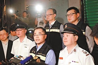 香港/香港警方相信打击行动已成功截断水货供应链,而相关的调查及...