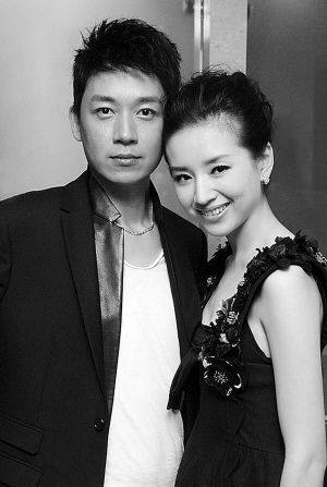 中有过合作的演员王大治19日下午发微博,变相证实了董洁潘粤明情变的