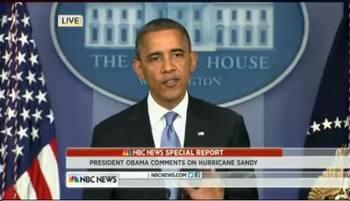 """奥巴马就""""桑迪""""来袭发表讲话(视频截图)"""
