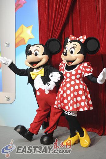 迪士尼旗下最著名的卡通人物米奇和米妮