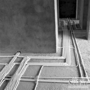 正文   原标题:家装工程水电改造价格黑洞有望消除 水电管路从天花板