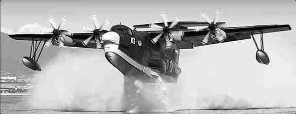 """随着""""岛屿防卫""""预算的增加,日本自卫队明年将再购买一架US-2水上飞机。(资料图片)"""
