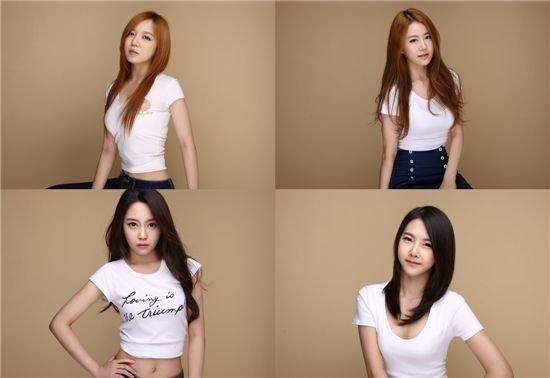 韩国新女子組合Purplay今日出道 新年伊始,韩国新女子组合出道的消息不断。 经过长达4年的练习生生活,女子组合Purplay四名成员将带着她们的出道曲目《Love and remember》于7日上午正式步入娱乐圈。 Purplay的四名成员分别是Woomi,Jiyo,Eeple,和Seolha。看起来娇小的她们,在演唱和表演方面具有雄厚的实力。 另外,上个月26日,五人组女子组合BPPOP通过Mnet《M Countdown》节目带来了出道舞台的表演。她们通过出道曲目《Today》,展示了其可爱、