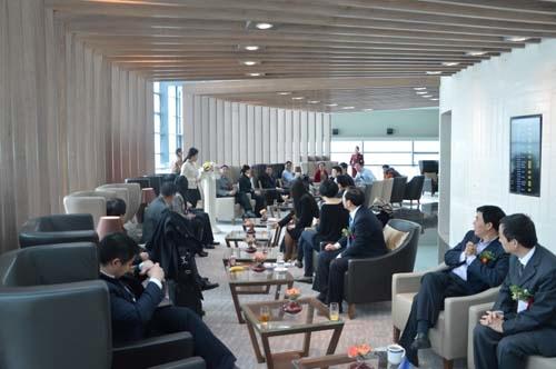 国航上海直属售票处_上海机场售票处美女_火车站售票处