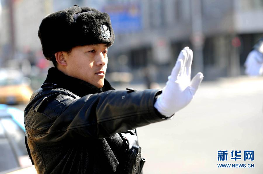 哈尔滨基层交警李凯:为百姓营造安全有序的出行环境