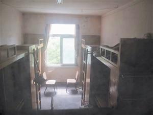 事发的复旦大学上海医学院西20楼303寝室.-复旦研究生疑遭投毒去世