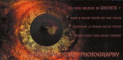 《幽灵照相机》是一款恶搞拍摄软件.软件自带很多鬼魂图片,你可以