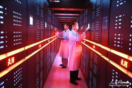 运算1小时相当于13亿人用计算器计算一千年 据天河二号工程副总指挥