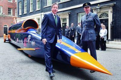 英首相 护驾 超音速汽车高清图片