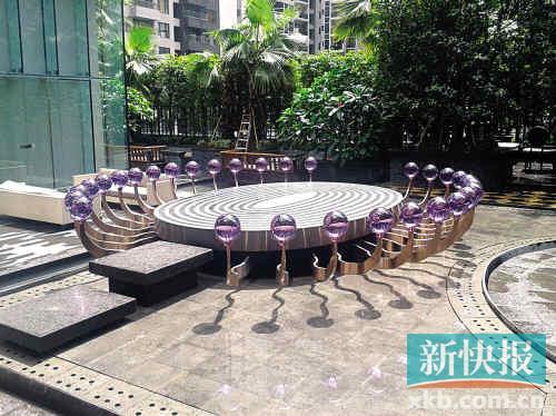 ■广州W酒店的舞台是否让你想起了科幻电影。