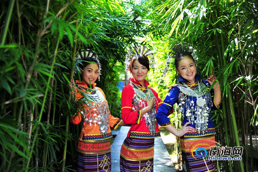 美丽海南人体艺术摄影第三期:亲近自然 资讯频