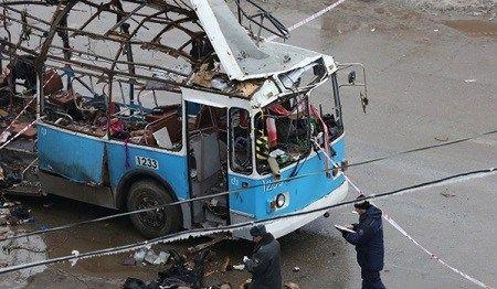 俄罗斯媒体公布的伏尔加格勒无轨电车爆炸案现场照片