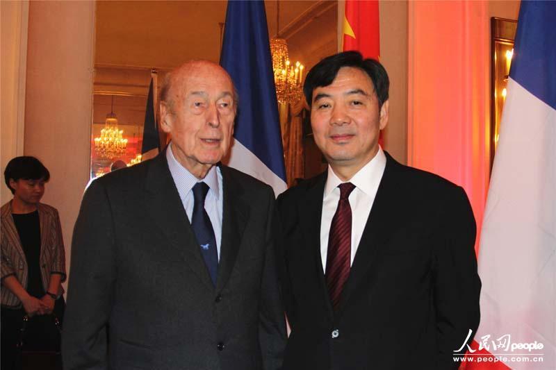 法国大使馆电话北京