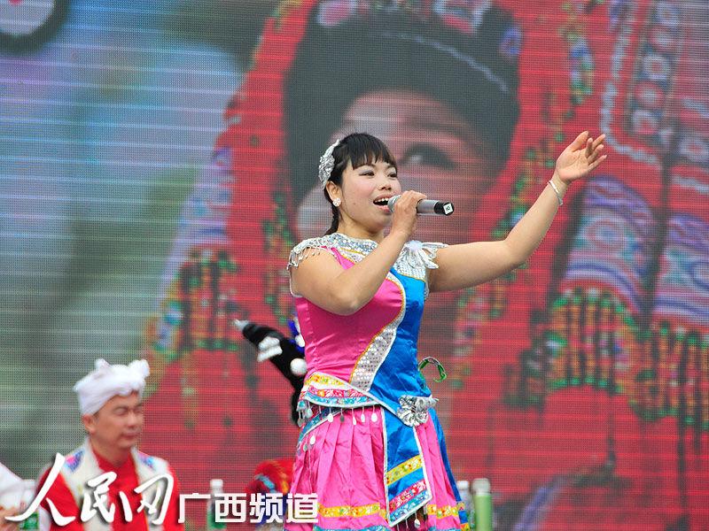 """高清:全国山歌大王争霸赛在桂林举行 各省""""山歌王""""擂台大比拼"""