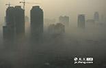 2013年的1月1日到13日的13天时间,南昌市的空气质量有9天出现污染。从1月1日至27日,空气质量指数(AQI)方面,除了1日、4日、5日、6日在100以下,属于良好天气外,其余23天均为污染日。指数超过200的重度污染天数更是达到了9天,其中,最差天气出现在12日,指数达到了236。