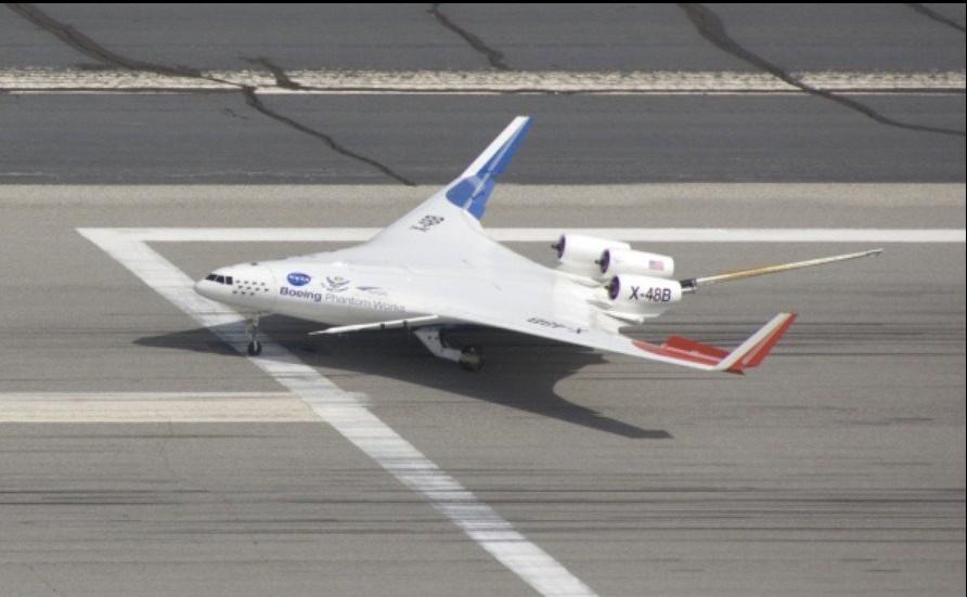 研究人员认为X-48B型概念验证机具有潜在军事用途