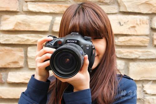 索尼a99相机 当然,尽管本篇文章是以自拍为主,但是笔者也不得不承认