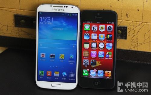 苹果5与三星s4�:/�_左:三星galaxy s4 右:苹果iphone 5
