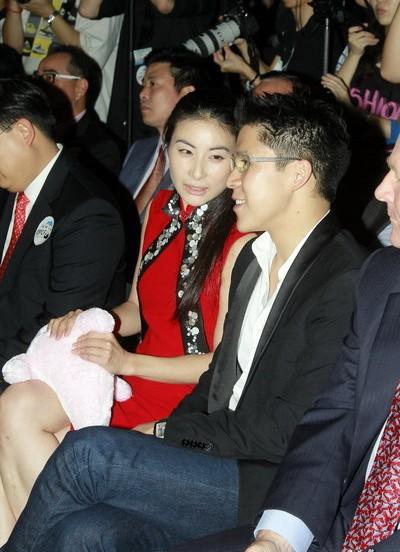 朱玲玲确认霍启刚11月娶郭晶晶 称就快派喜帖
