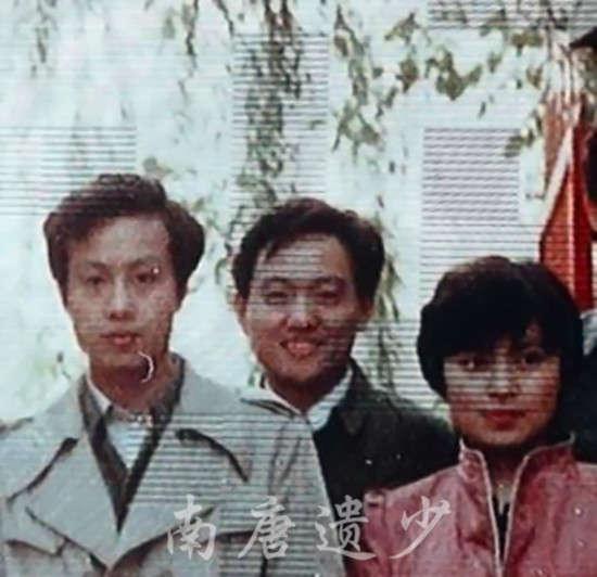 李瑞英大学青涩旧照曝光(图片来源:南唐遗少博客)