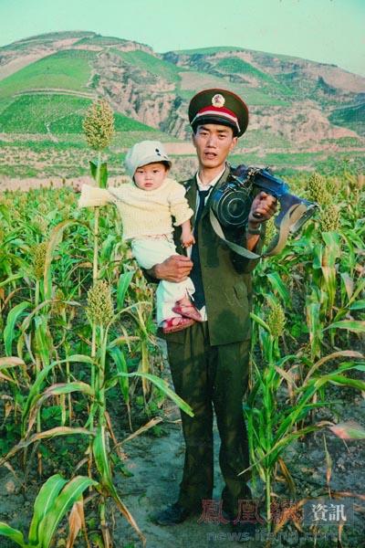 白一彤_怪青年访谈录·2012·5·4_资讯频道_凤凰网