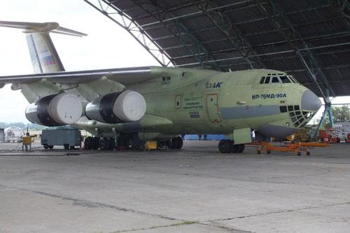 伊尔476重型�:/���._解放军专家:运20总体性能超伊尔76 接近伊尔476